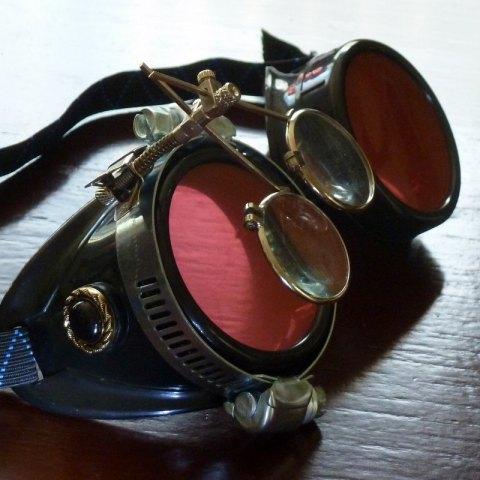 10 goggles