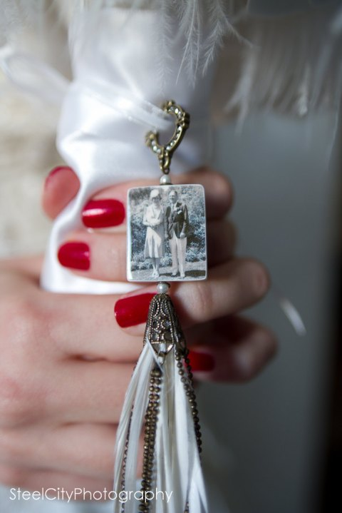 11 picture charm one