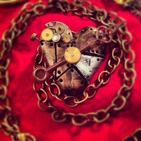 4 metal heart