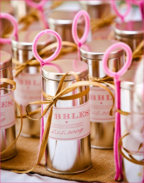 diy wedding favor bubbles