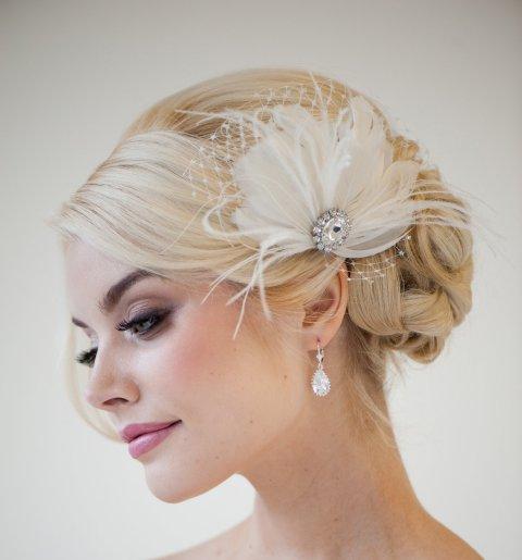 Bridal Fascinator Feather Head Piece by Powder Blue Bijoux